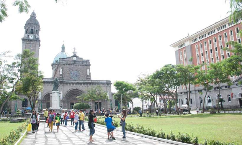 Plaza de Roma, Intramuros