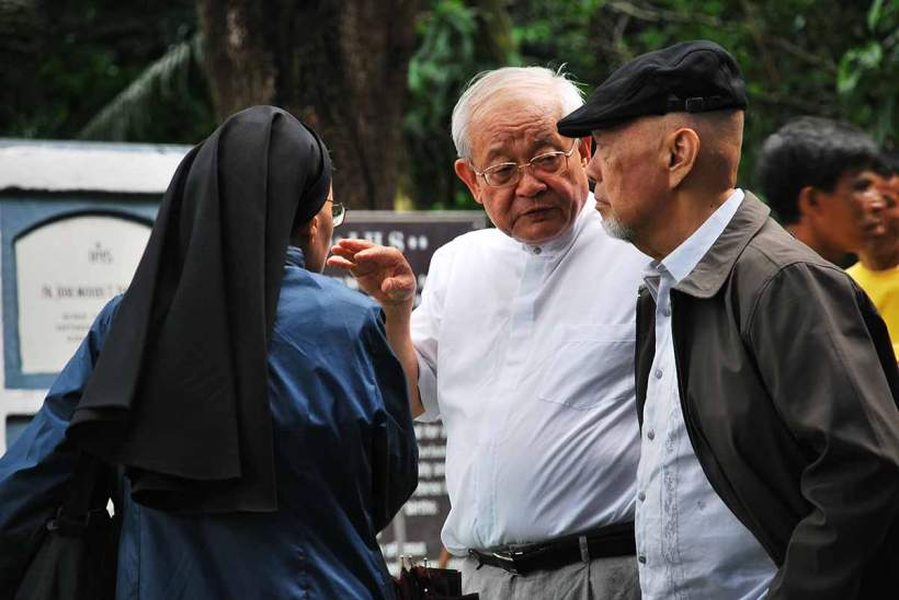 The Search for the Bones of Takayama Ukon, June 13, 2012, at the Jesuit Cemetery at the Sacred Heart Novitiate, Novalichez, Quezon City. Bishop Francis Xavier Osamu Mizobe, SDB (1935-2016)